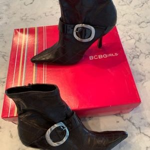 BCBG Women's Boots New with Tags